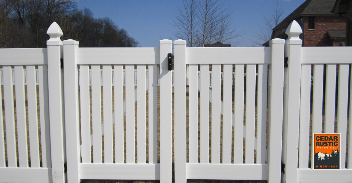 Manor I With Vinyl Gate Cedar Rustic Fence Co